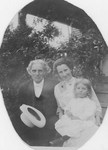 H. C. Morrison, Geneva Pedlar Morrison, and daughter (Evelyn)