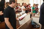 Students Singing in Estes Chapel