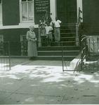 Shelhamer, Julia and Children at Washington Mission